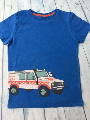 Mini Boden blue tshirt with fire & rescue truck age 9-10